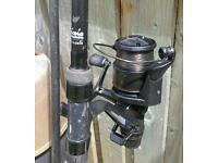 Shimano alivio carp rod and shimano 8010 baitrunner