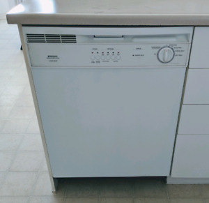 Refrigerator and dishwasher good condition