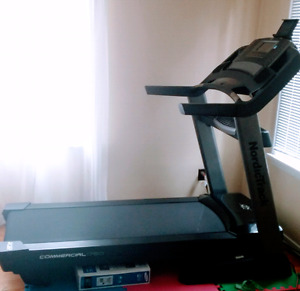 Treadmill NordicTrack Commercial 1750 - Mint condition