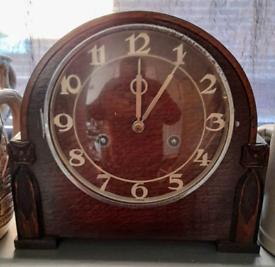 Vintage Mantle Clock. Smiths Enfield. Oak. Working.