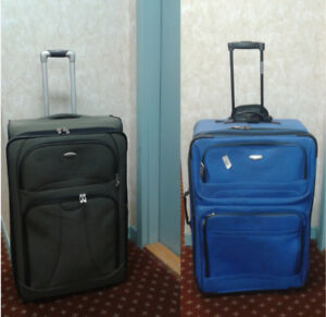 """Traker & west Jet  expandable luggage Lightweight  30 """" H"""