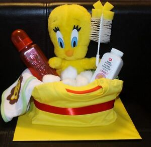 Tweety taking a bath diaper cake