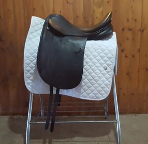 Stubben dressage saddle