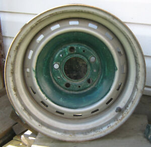 Chevy  / GMC  , 5 bolt truck rally wheel