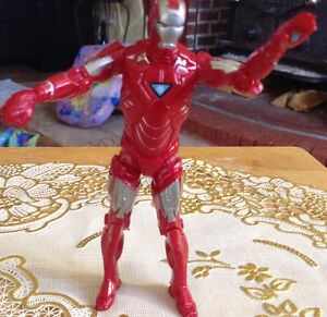 FIGURINE IRAN MAN RED AND SILVER 2010 MARVEL MVLFFLLC Gatineau Ottawa / Gatineau Area image 2