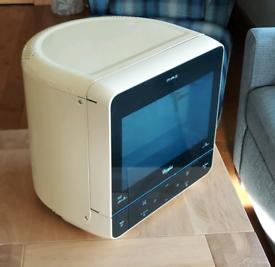 Funky retro style corner microwave in cream