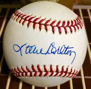 Major League Baseball Signed Baseball's