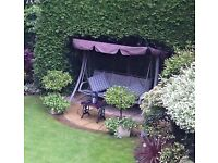 3 Seater Garden swing in perfect working order.