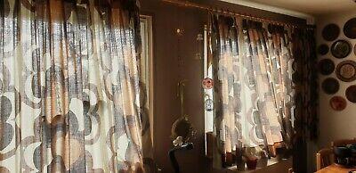 2 Stück große Stoff-Vorhänge mit Holzstange - 500 cm / Länge 160 cm ()