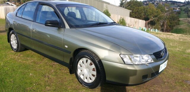 Holden Commodore Automatic Vy Executive Cars Vans