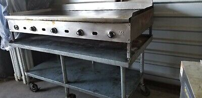 Natural Gas Grillcommercial 72with Thermostat Attached To Custom Made Table