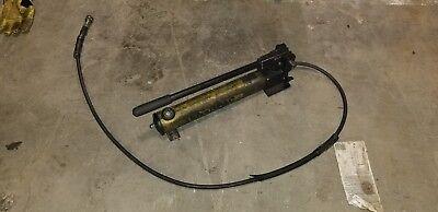 Enerpac 10000 Psi Portable Hand Pump Model P392