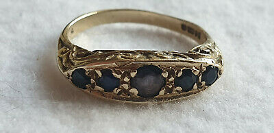 VINTAGE 9ct YELLOW GOLD 5 STONE SAPPHIRE RING - SIZE K - 1.8 grams