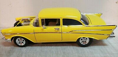 ACME: 1:18 1957 CHEVROLET 210 TRIBUTE - HOLLYWOOD KNIGHTS - A1807006 - NEW