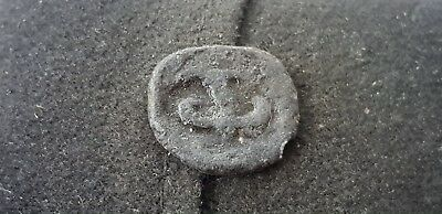 Superb Post Medieval lead token found in England in the 1970s L71o