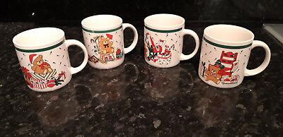 vier Kaffeebecher für heiße Schokolade, Glühwein! Weihnachten!