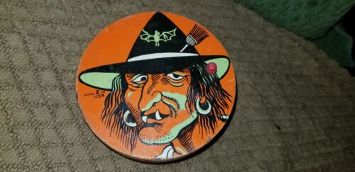 Halloween 1950s T Cohn Tin Litho Witch Ratchet Noise Maker Round 0542