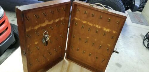 Vintage Wooden Wall Mount Key Holder/Storage Box
