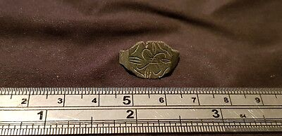 Exquisite P Medieval bronze ring bezel part with stylized star of Bethlehem L78t