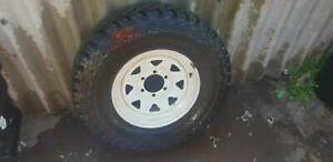Toyota rim and tyre 235/85/16