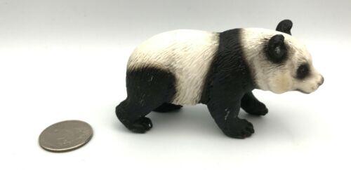 Schleich PANDA BEAR Female Adult Retired 2001 Animal Figure 14119