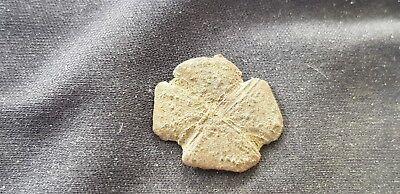 Exquisite rare little Post Medieval Clover mount. Please read description. L107x