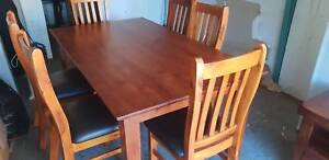 Timber 6 seater dining room table