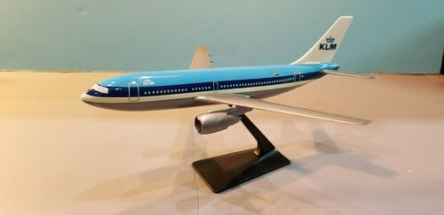 CMD MODELS KLM AIRLINES A310 1:200 SCALE PLASTIC SNAPFIT MODEL