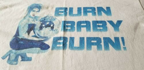 CINDY LAUPER BURN BABY BURN RARE VINTAGE 99 TOUR TEE SHIRT LARGE NICE