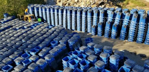 48 gallon used blue Toter brand carts