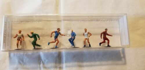 Merten HO Scale Athletes, Runners, Joggers, Men 6 Figures  # 2349