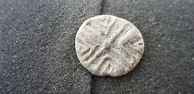 Superb Medieval lead token found in England in the 1970s L28w