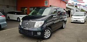 2005 Nissan Elgrand 8 Seats Automatic Wagon With Very Low Kilometers