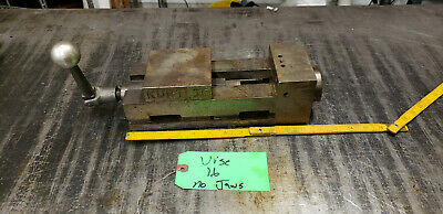 4 Kurt Ii Pt-400 Machine Vise With Crank No Jaws.  Vice 16 Shelf Green 9