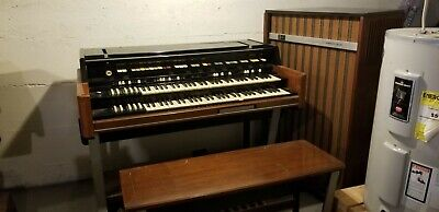 Hammond X77 Organ and Bench Pedalboard and matching Leslie- VG Condition!