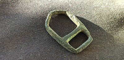 Superb rare type tiny Norman 11th C. bronze buckle, Please read description L548