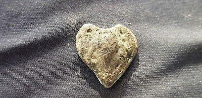 Exquisite rare little Post Medieval Heart mount. Please read description. L108q