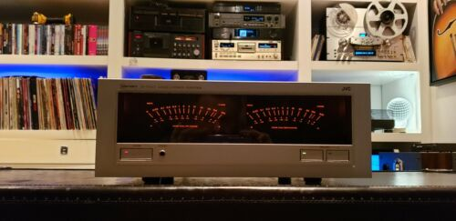 Amplifier JVC M-7050 with original box and manual.