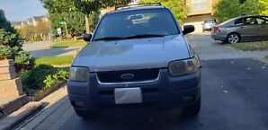 2002 Ford Escape - 269,000 km