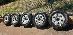 Toyota Hilux Rims and tyres