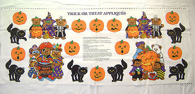 Cranston V.I.P. TRICK OR TREAT APPLIQUÉS Panel - Halloween Fabric Panels