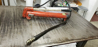 Otc Y21-1 10k Single Acting Hydraulic Red Hand Pump Whose. Shelf Back Room