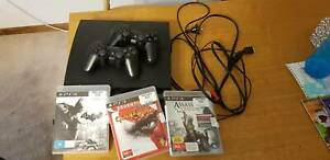 Ps3 with 2 controllers, control charger, power cable and non hdmi tv c