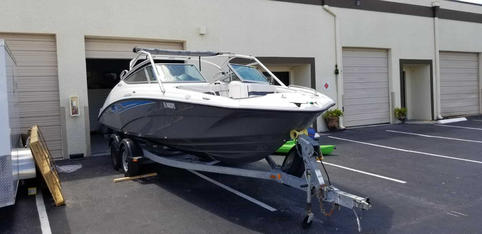 2015 Yamaha AR210 Powerboat Dual Jet Pristine Condition Wakeboard Tower Warranty