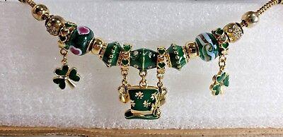 (Irish St Patrick's Day Charms Beaded Bracelet w Shamrocks & Irish Hats Green)