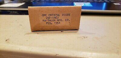 Vintage Nos Crystal Diode 1n67 Raytheon 1954 Usn  Quantity 1