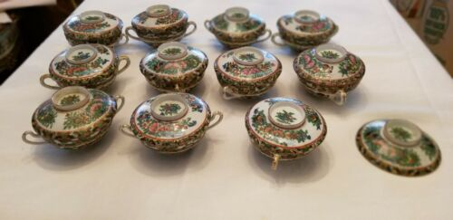 11 - Chinese Famille Rose Medallion Porcelain Tea Cups with Lids - 19th Century