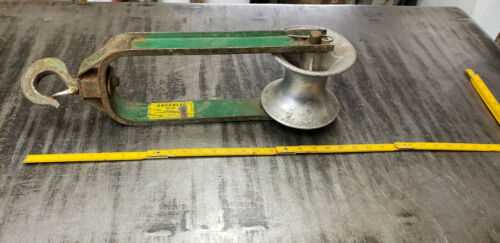 """Greenlee 652 18"""" Hook Type Cable 6"""" Sheave, Puller Tugger Tool.  lot#1 basement"""