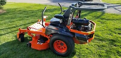 Kubota Z723 Zero Turn riding lawn mower, Kohler 22.5 hp GAS engine Hydrostatic Kubota Lawn Mower