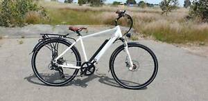 Country man Electric bicycle Malaga Swan Area Preview